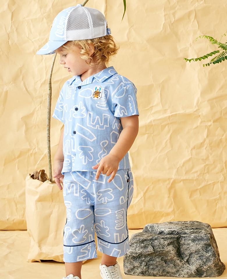 画像:パンツの丈感がコナレ感を漂わせるオシャレ上級さんコーデ
